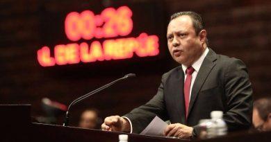 Pide Braulio Guerra quitar comisiones en cajeros automáticos