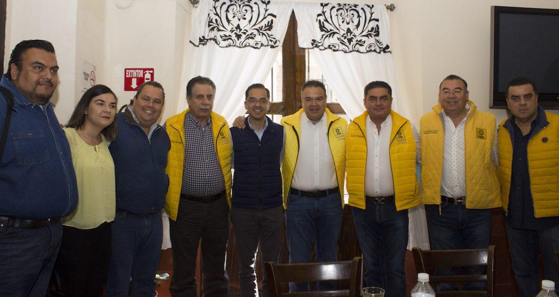 Photo of Llama Magallanes a ciudadanos a involucrarse en política