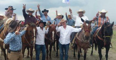 Enrique Vega se comprometea arreglar el camino de La Laborcilla