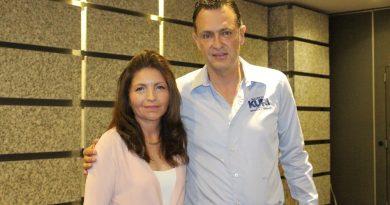 AMIQRO sostiene encuentro con el candidato Mauricio Kuri