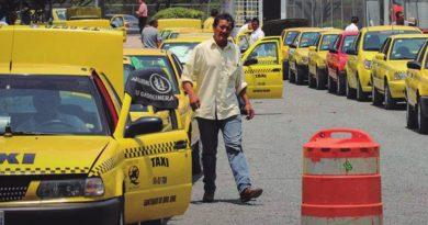 Fiscalía Anticorrupción logra la suspensión por dos años de un funcionario del IQT