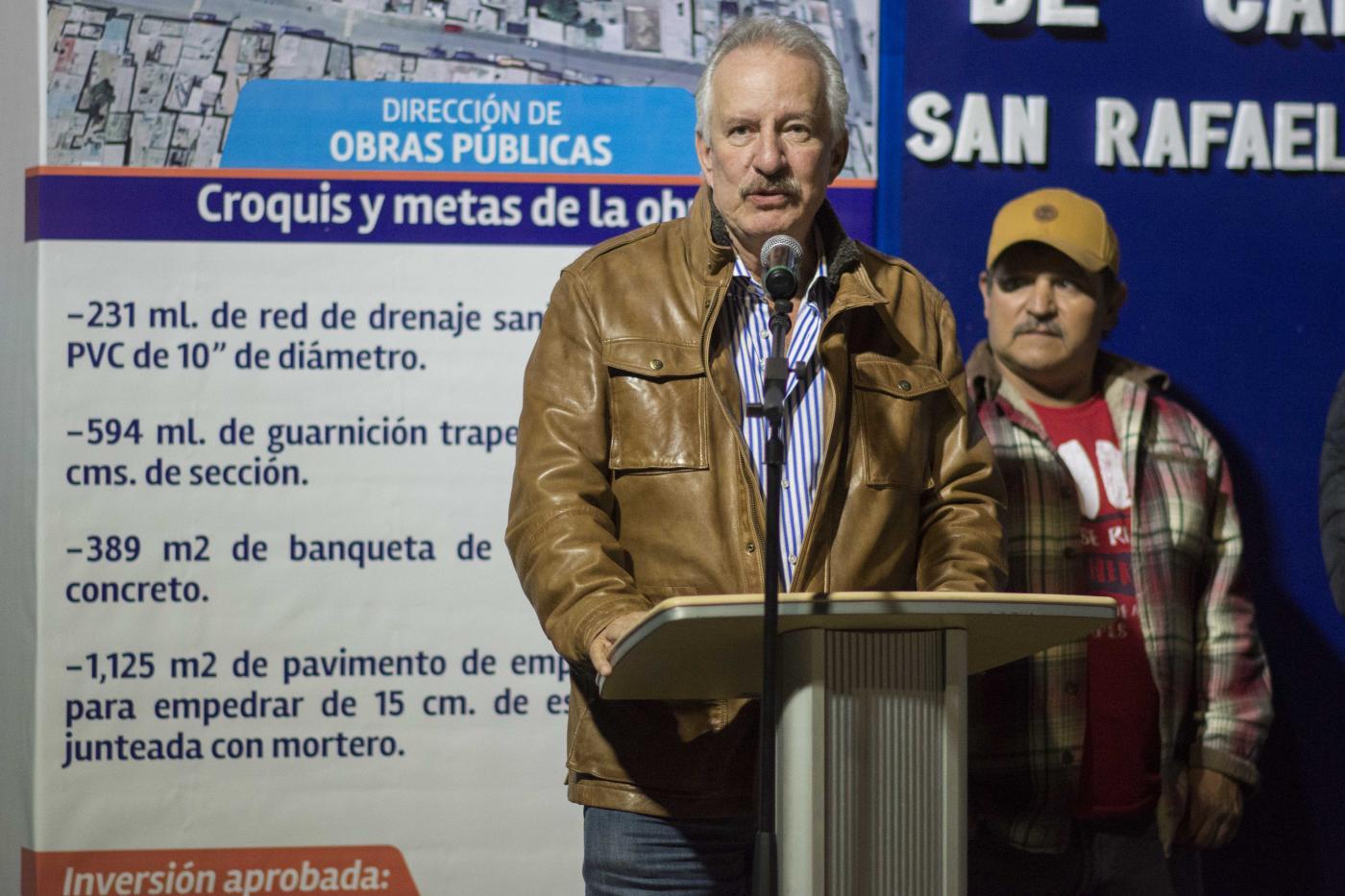 Photo of Enrique Vega arrancó obras de urbanización en la comunidad de San Rafael