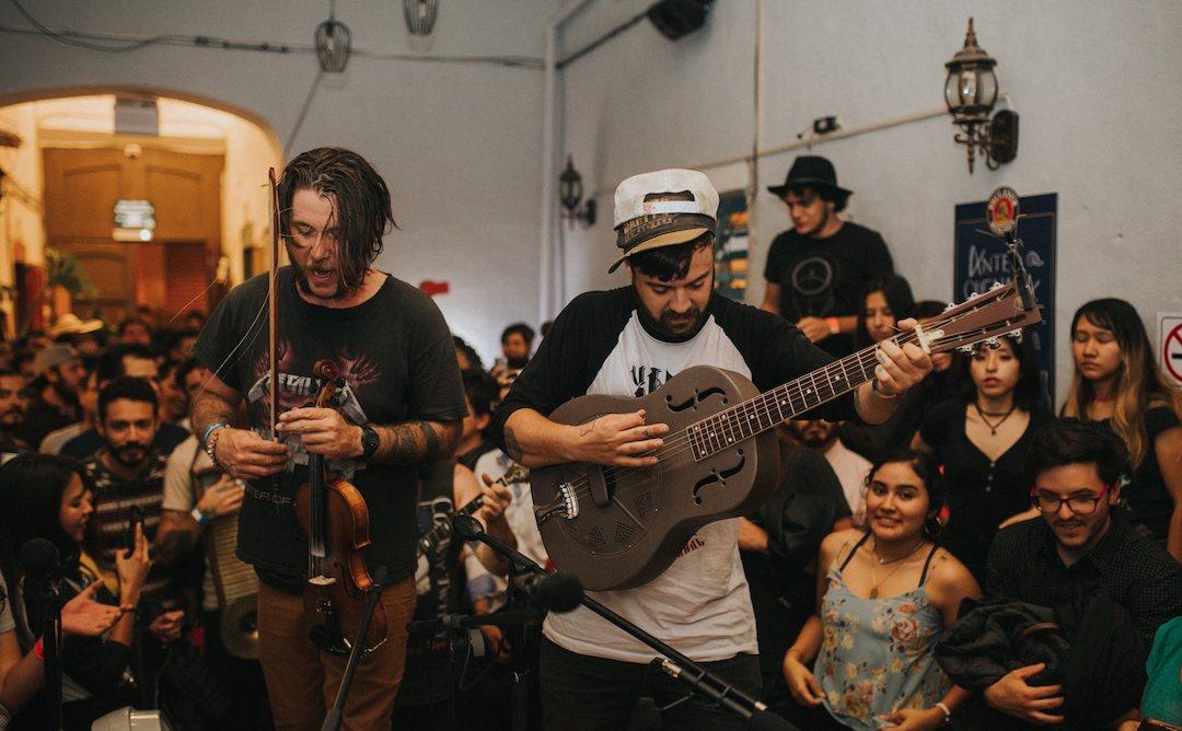 Photo of Conciertos en Burnout Records