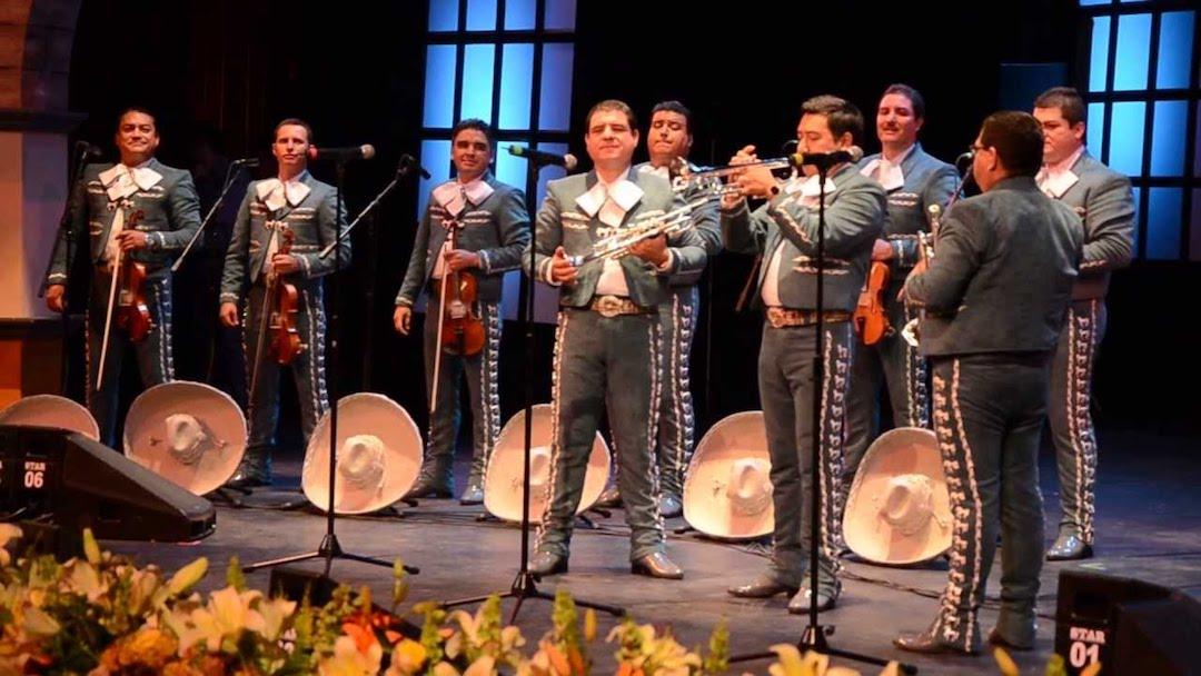 Photo of La filarmónica con mariachi