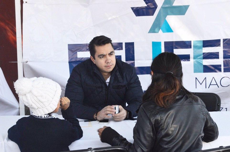 Photo of Realiza diputado federal jornada de servicios gratuitos