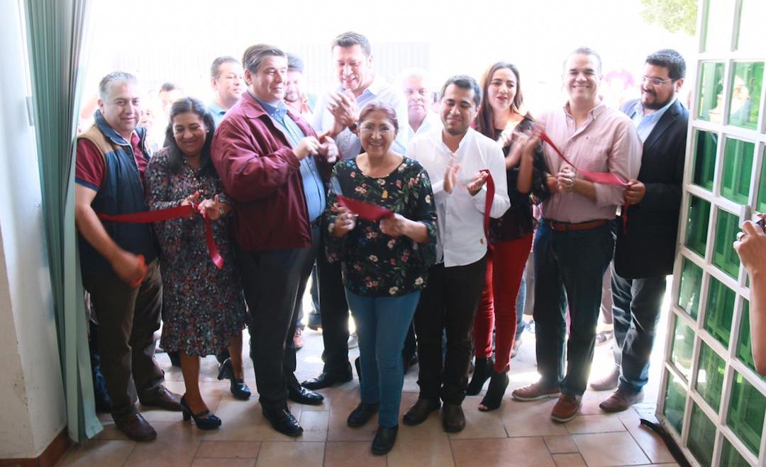 Photo of Inaugura Diputada Laura Polo Casa de Enlace