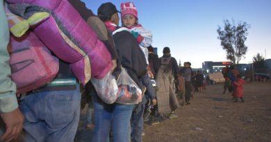 Gobierno del Estado acompaña a la Caminata Migrante en su salida de Querétaro