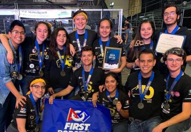 Estudiantes queretanos logran pase al Mundial de Robótica FIRST