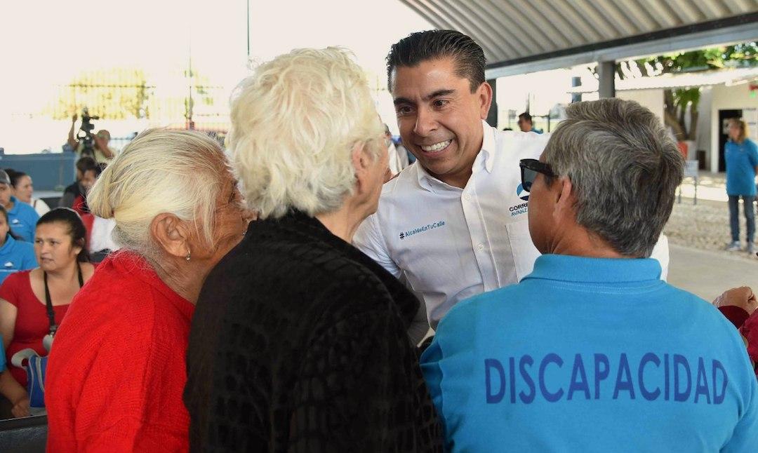 Photo of Entrega Roberto Sosa obra en beneficio de personas con discapacidad