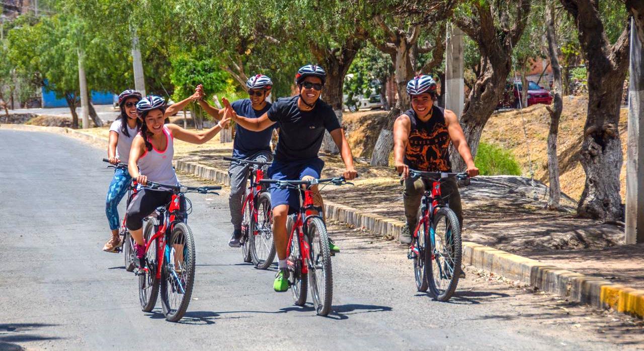 Photo of El Marqués pone en marcha Rueda Tour para dar a conocer sus atractivos