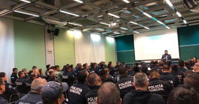 Capacitan a 629 policías y servidores públicos en materia de derechos humanos
