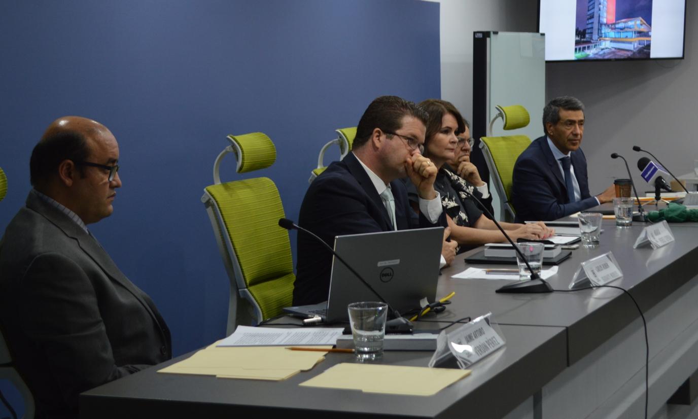 Photo of Presenta IEEQ 'Desafíos de la Democracia Incluyente' en la UNAM