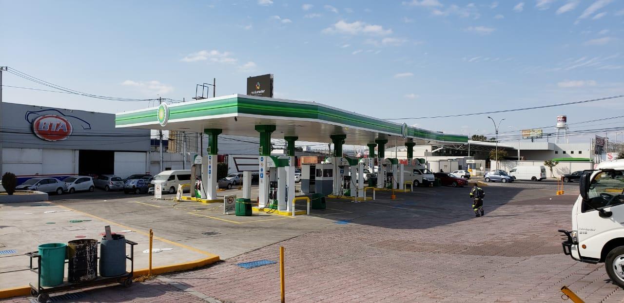 Photo of Gasolineras reportan retrasos en distribución de gasolina premium