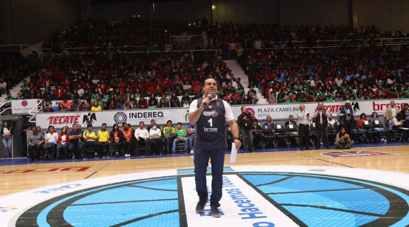 Entrega Nava apoyos a 12 academias deportivas