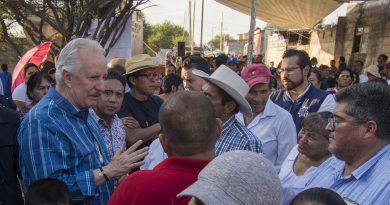 Arrancan obras de urbanización en tres comunidades de El Marqués