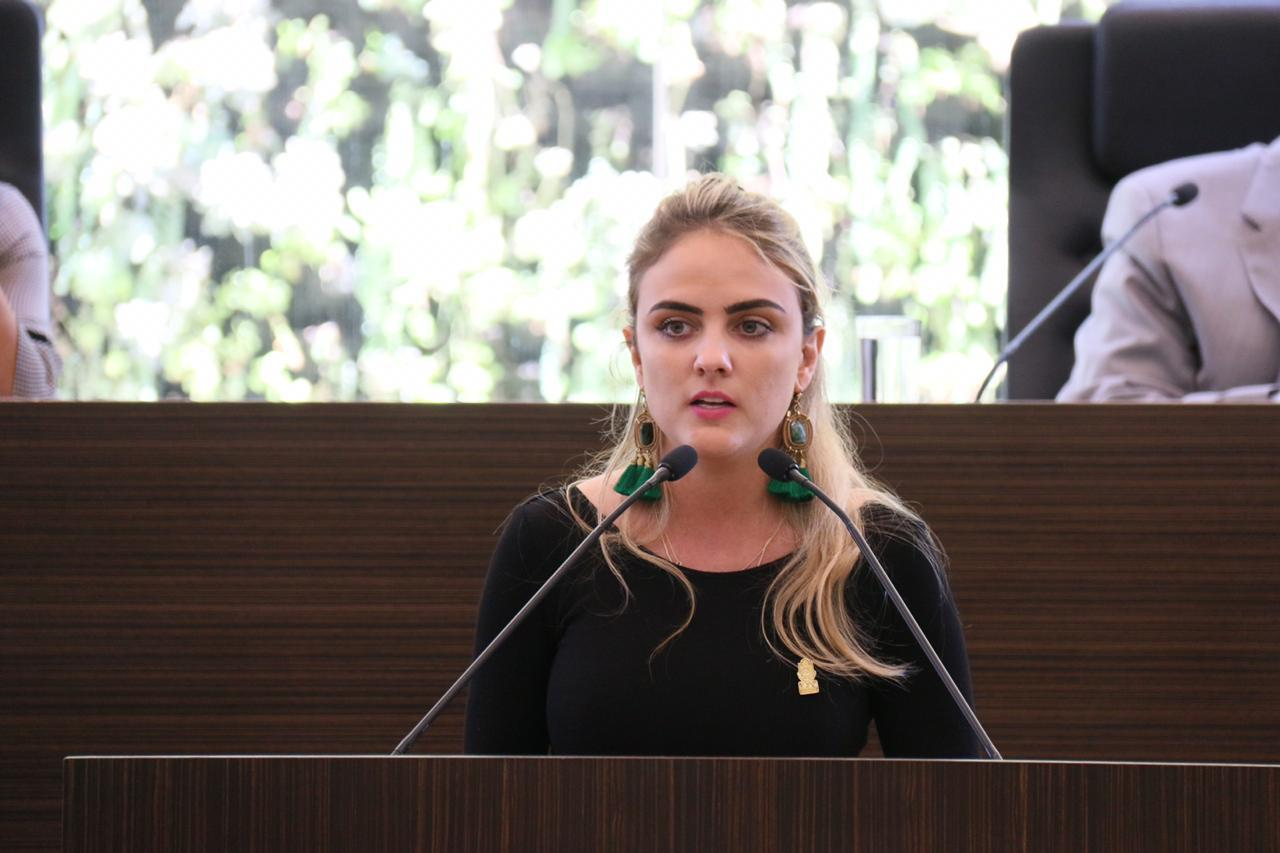 Photo of Defiende Tania Palacios a Francisco Domínguez por ataques en el caso Caja Libertad