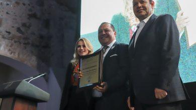 Photo of Otorgan el Premio Estatal de Cultura 2019 a Juan Carlos Sosa Martínez